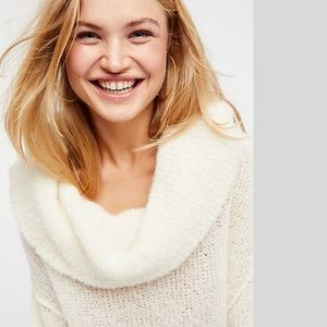 Brand new Free People Super soft Sweater NWT
